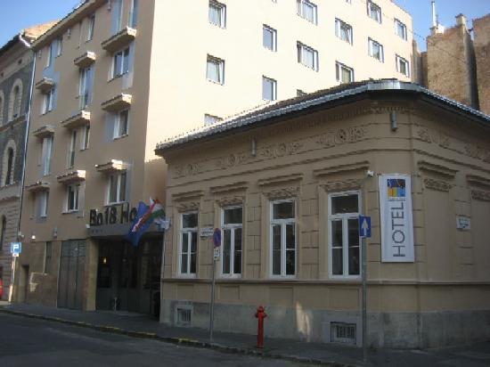 بو 18 هوتل سوبريور: Bo18 Hotel von auβen