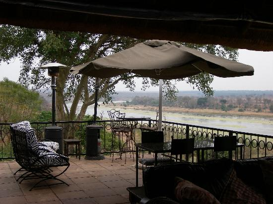 Buhala Lodge: Breakfast on the Verandah watching animals across the River