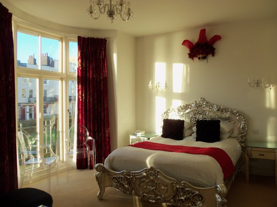 Sea Spray Boutique Hotel: Little Venice