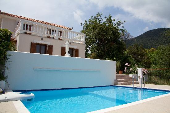 Skopelos Country Villas