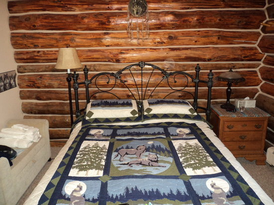 Forest Moon Bed and Breakfast
