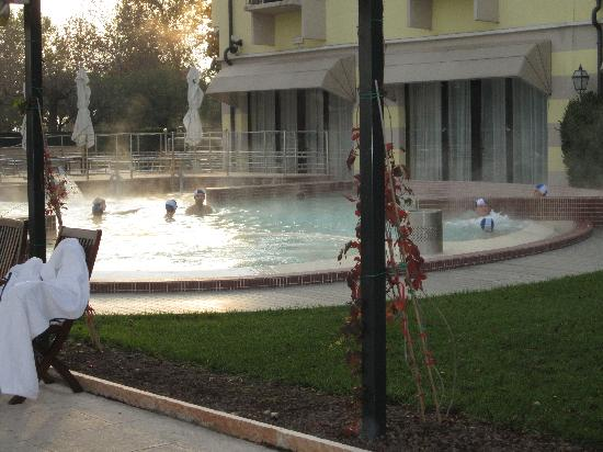 Grand Hotel Terme : Outdoor Pool