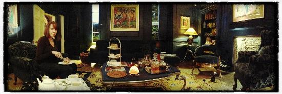 Oak House No1: Afternoon Tea