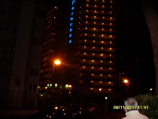 Hotel RH Princesa: Vistas del hotel desde el exterior