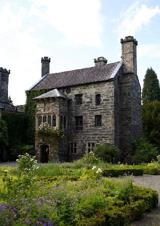 Gwydir Castle B&B : Gwydir 2011