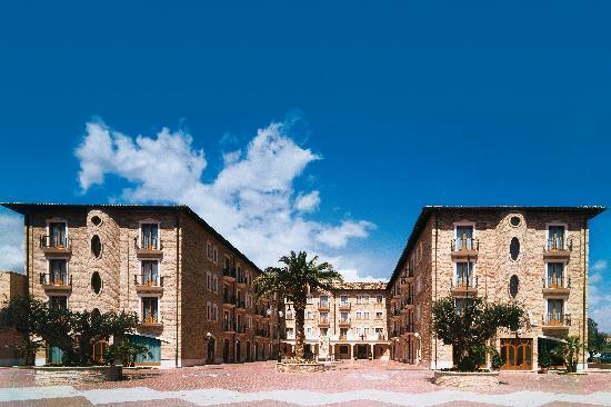 Colli Del Tronto, Italia: Struttura