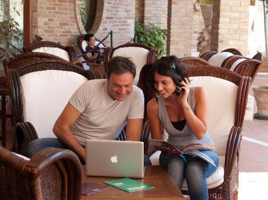 Colli Del Tronto, Italia: area wi-fi esterna