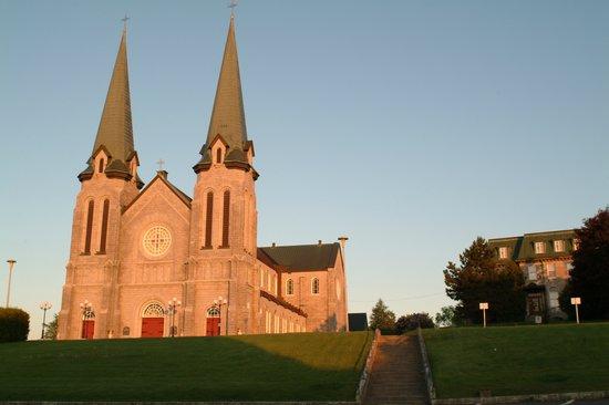 เอดมุนสตัน, แคนาดา: Cathédrale d'Edmundston  / Cathedral