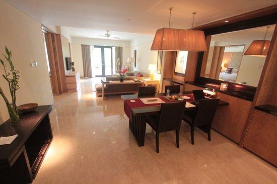 Conrad Bali: Suite