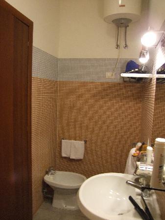 Camere Corona: Il bagno della camera 1