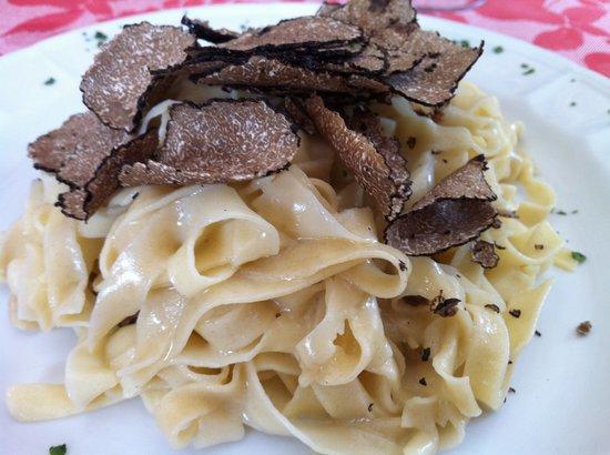 Porlezza, Italy: Tagliatelle al Tartufo