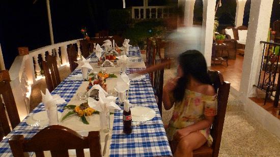 Blue Star Dive & Resort: Dinner