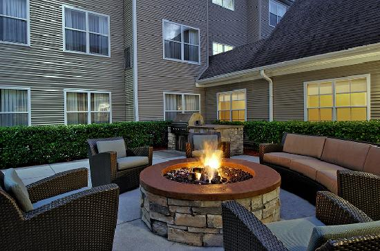 Residence Inn Sarasota Bradenton : Outdoor Patio