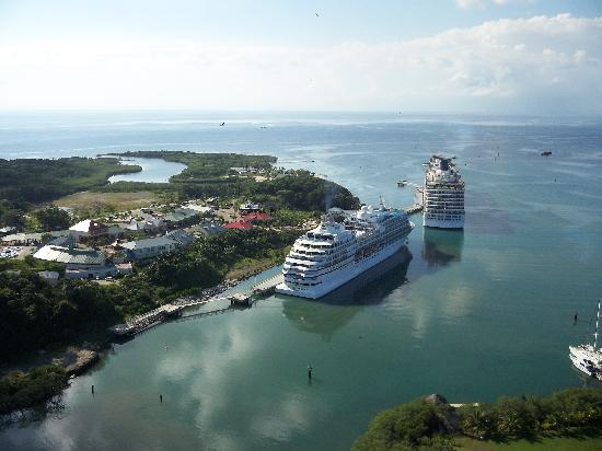 Mahogany Bay Cruise Ships Picture Of Bay Island Airways