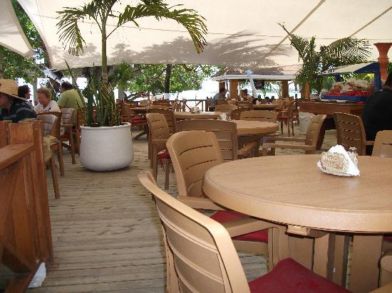 Decameron Marazul: Resto buffet de Rocky Cay(club de plage)