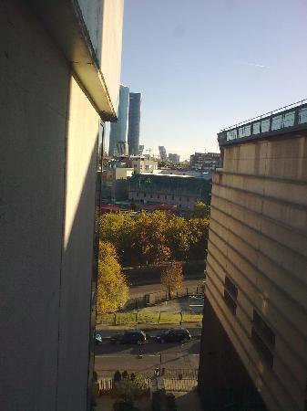 Villamadrid Hotel: vista desde ventana