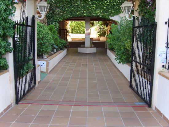Plazamar Serenity Resort: Entrance 2