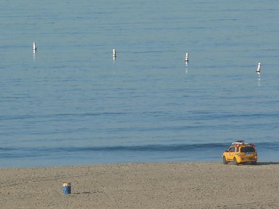 Hotel Carmel: Santa Monica Beach