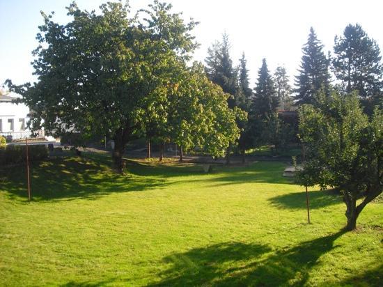 Pension & Restaurant Felsengrund: Traumhafter Garten