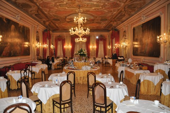 Baglioni Hotel Luna: The Breakfast Room