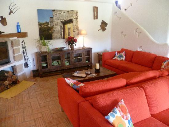 Casa Fajara Rustic Boutique House & Hotel: Sitting room
