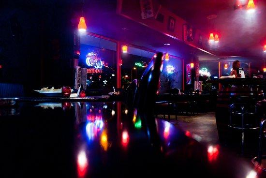 Flying Elephant Pub & Grill