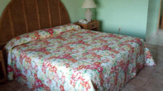 Sunrise Resort & Marina: Room with King Bed