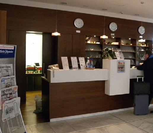 Best Western Plus Hotel am Vitalpark: Rezeption