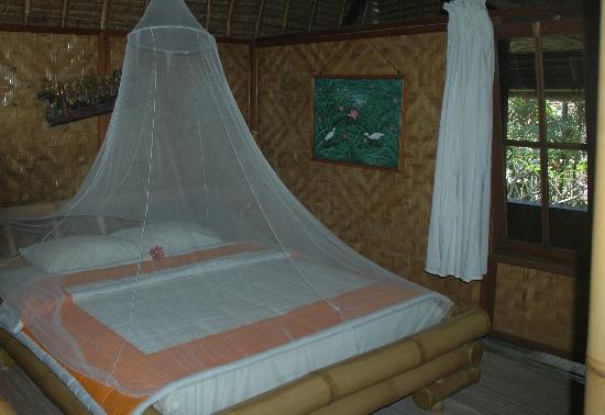 Anom Beach Inn Bungalows: Notre chambre