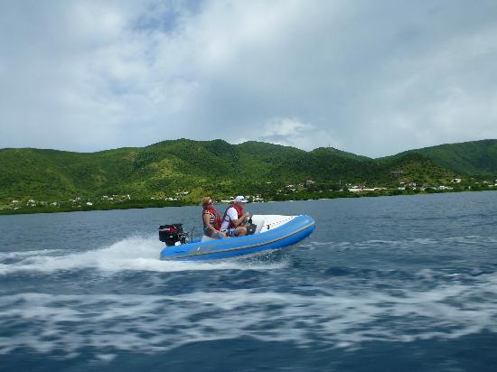 WCT - West Coast Tours Antigua: Heading to Cades Reef