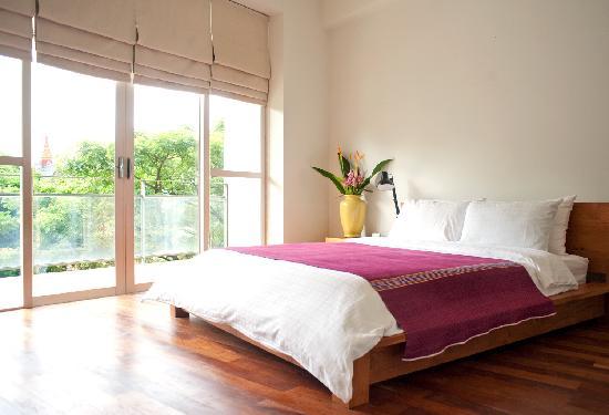 Angkor Safari Hotel: One Bedroom Suite