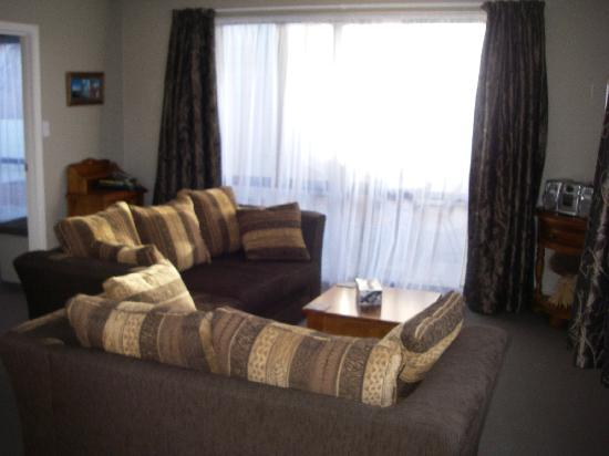 Heritage Court Motor Lodge: Luxury 2 Bdrm Lounge