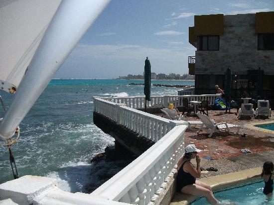 Decameron Maryland : Piscine et petite piscine pour enfants