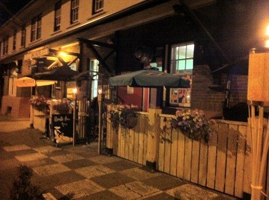 Trackside Cantina : patio at night