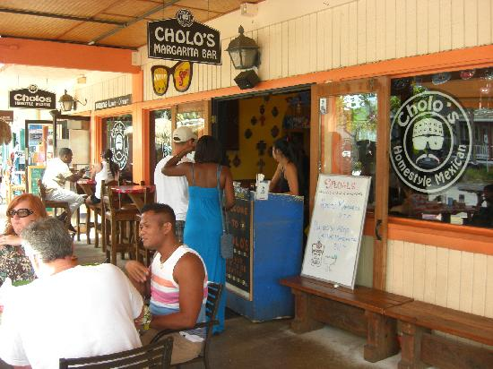 Cholos Homestyle Mexican Restaurant: 店舗受付