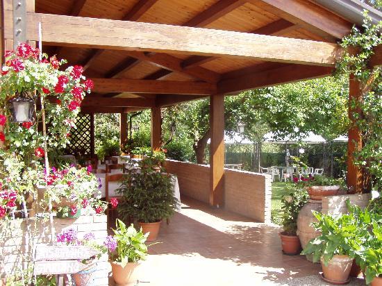 Hotel Da Elio: ingresso giardino uno