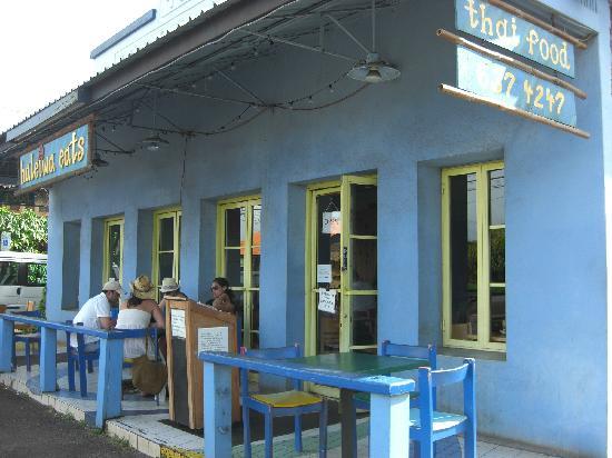 Haleiwa Eats Incorporated : 店舗全景、横のプレートでタイ料理と判る