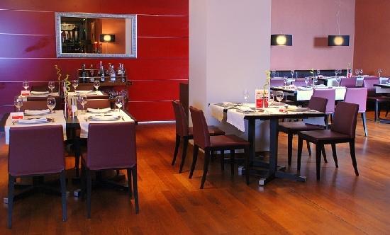 Ramada Sibiu: Atrium Restaurant