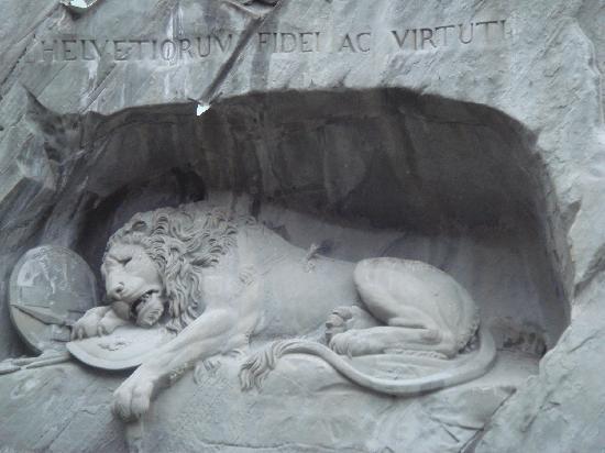 Monumento al león de Lucerna: Lion Monument, Luzern