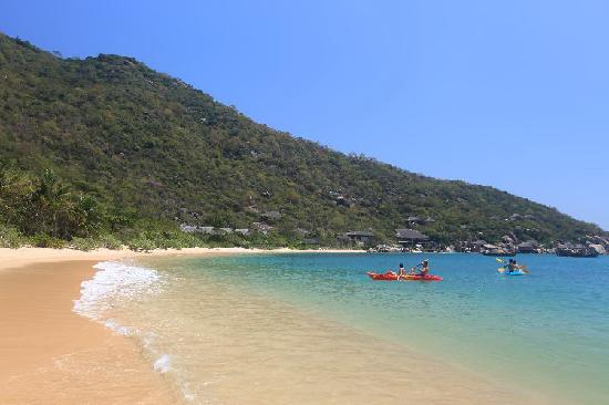 Six Senses Ninh Van Bay: Kayaking
