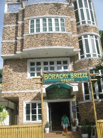 Boracay Breeze Resort: The Resort