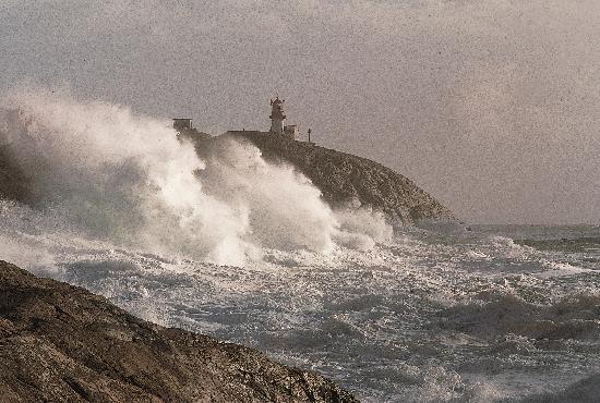Lindesnes Fyr: Lindesnes i storm