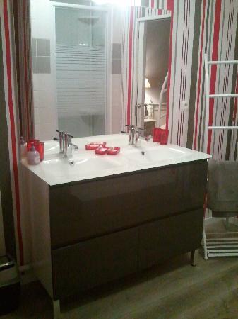 Le Pourquoi Pas: salle de bain