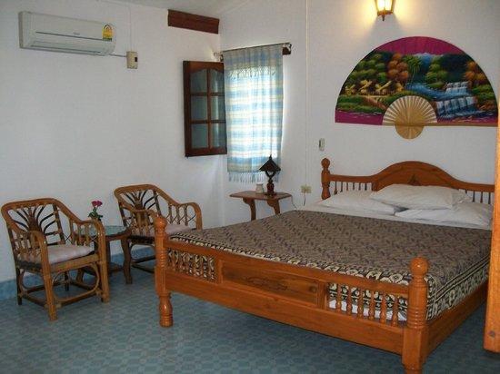 Home Paradise Resort Tak: camera matrimoniale