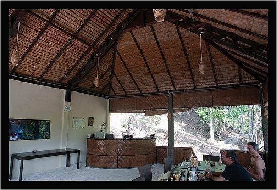 Mamaling Resort Bunaken: Restaurant