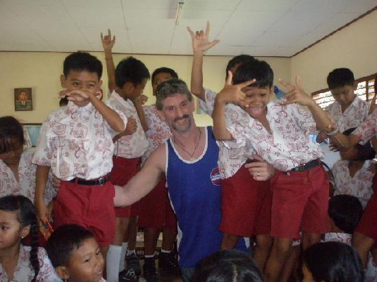 Noosa Bali Tours: Bali  school visit tour