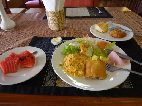 Salina Hotel: 朝食。うまい。