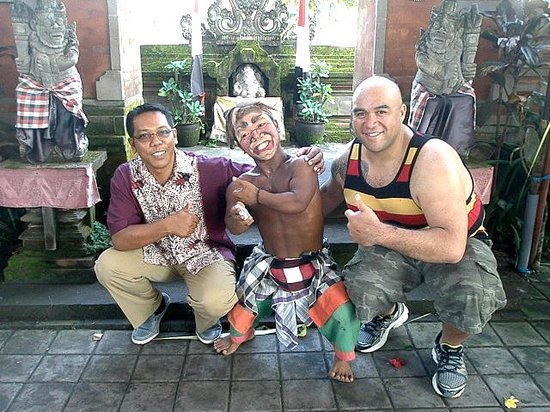 Noosa Bali Tours : After the Barong dance show