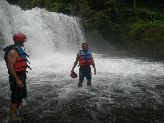 Noosa Bali Tours: Telagaja river Rafting