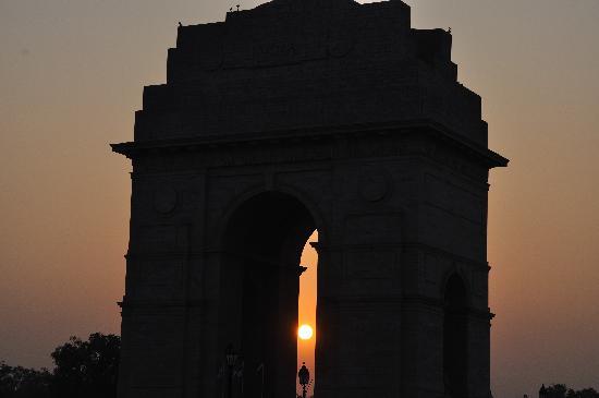 India Gate nr sunset